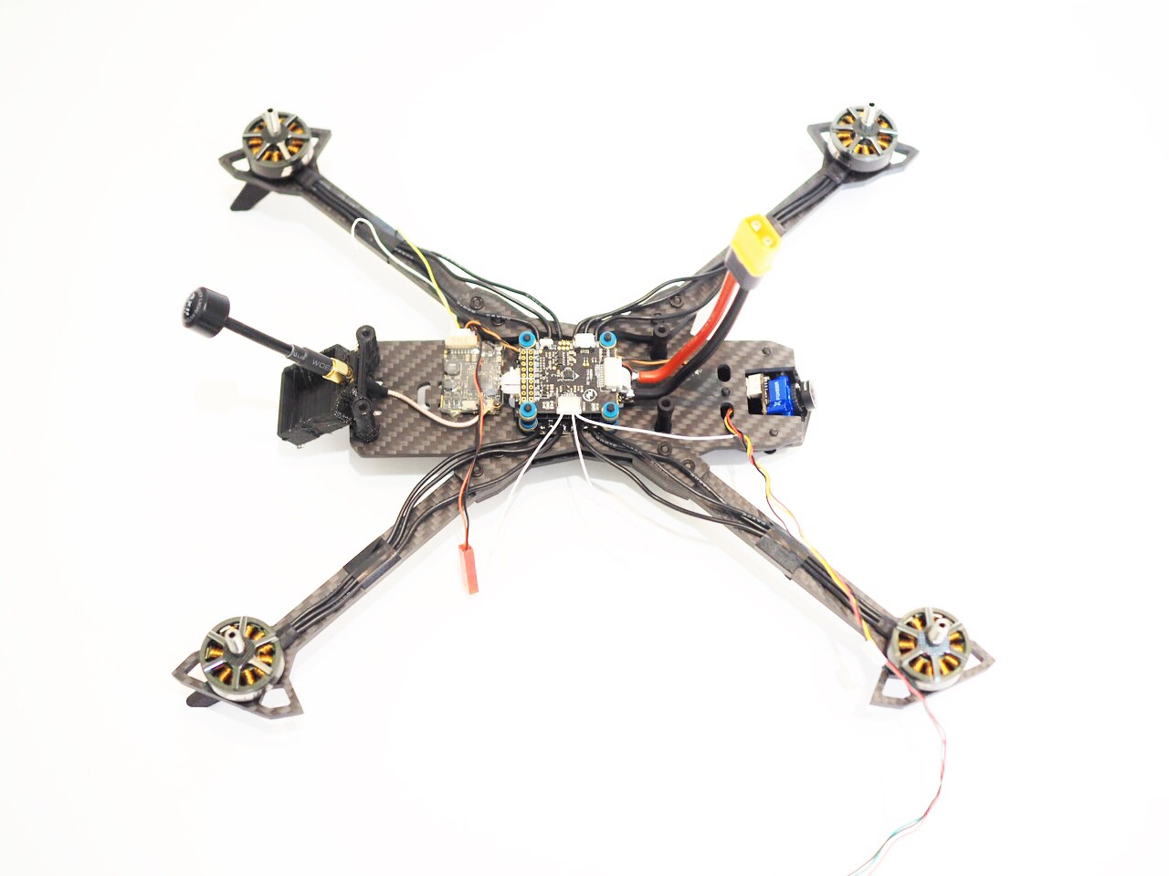 Raggio Lungo Falcon Multirotors Carbon Fiber Frame Arm Brace TPU 3D Printed GoPro Mount Wedge TMotor F60 Pro II TBS Crossfire Nano RX Unify Pro HV 800mW Lumenier AXII Hellgate Buzzer LED Hobbywing Xrotor Micro 45A BLHeli_32 G2 FC F4 Ublox HolyBro GPS Pigtail Wiring Harness