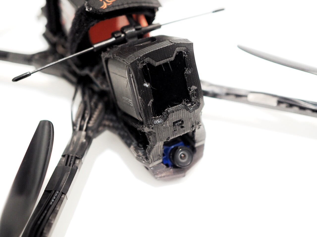 Long Range Fpv Quadcopter Build Log Raggio Lungo Getfpv Learn Wiring Harness Falcon Multirotors Carbon Fiber Frame Arm Brace Tpu 3d Printed Gopro Mount Wedge Tmotor