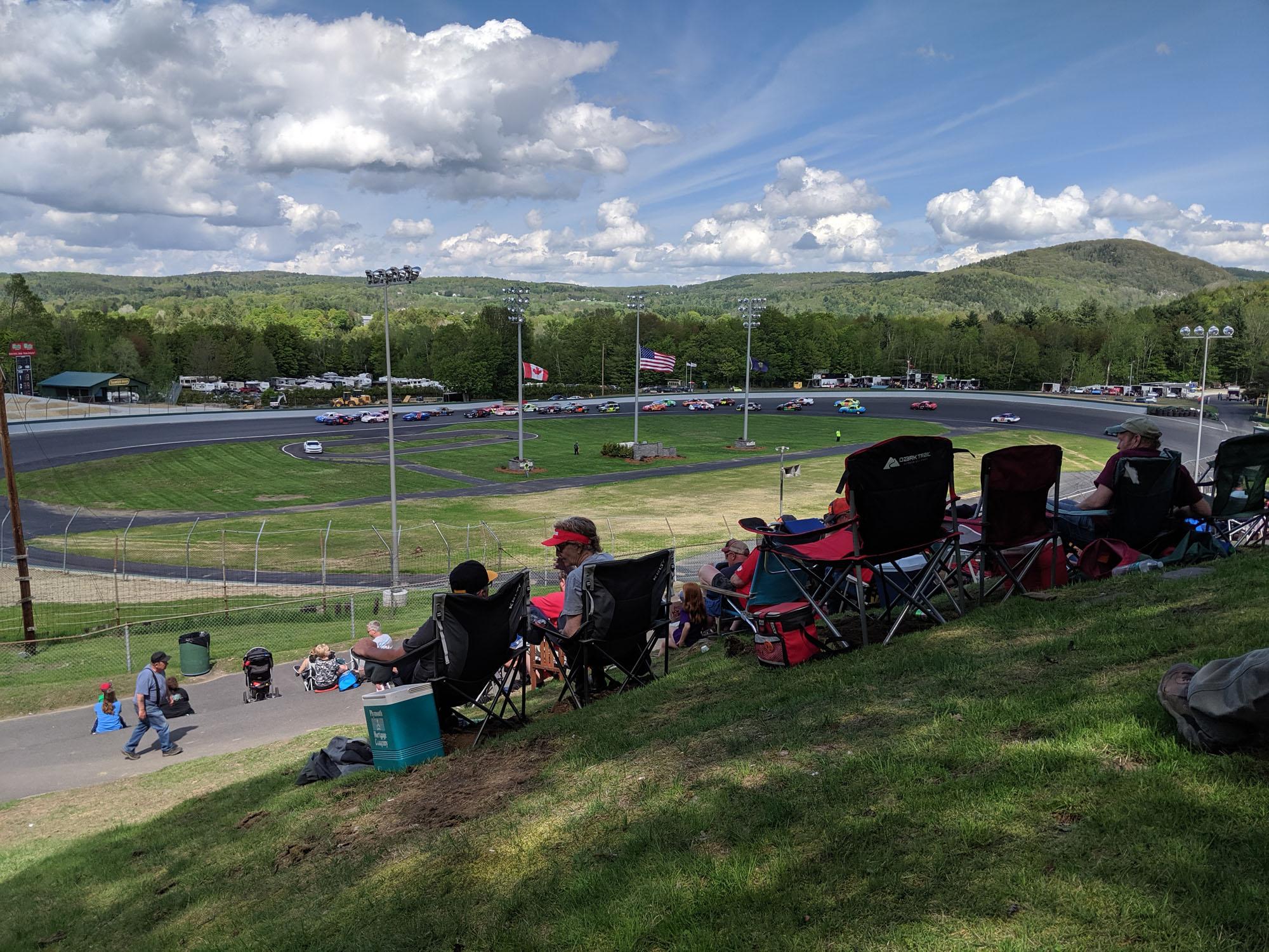 Spec Racing - Low-budget auto racing